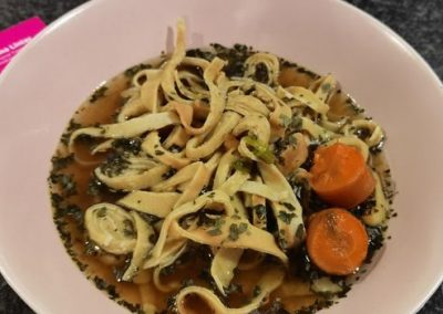 HIGH CARB Dinkel-Frittatensuppe